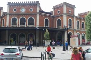 Aufbruch zum letzten Abschnitt vom Bahnhof in Brescia