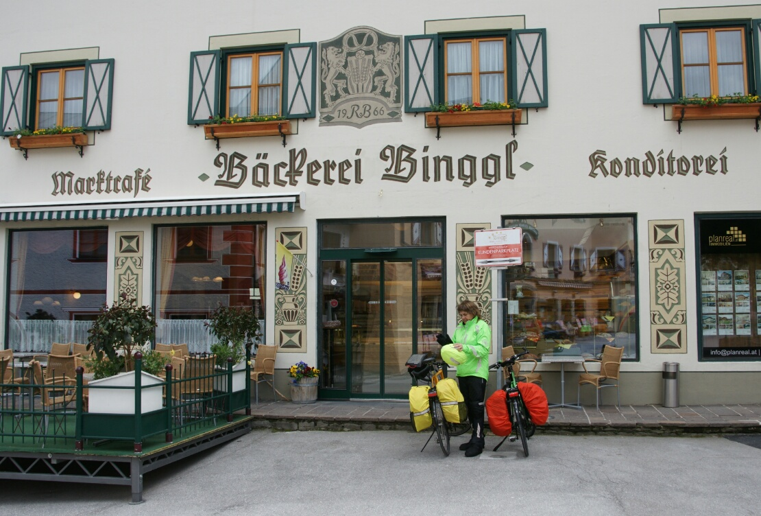 Pausencafe und Aufwärmen in Mauterndorf