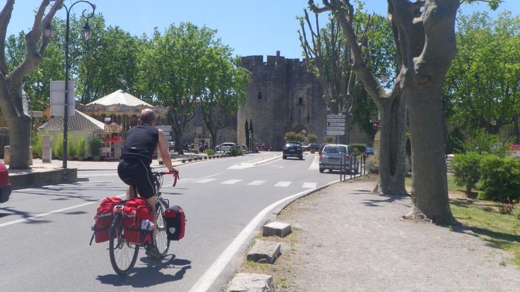 Wir erreichen die Festung Aigues Mortes