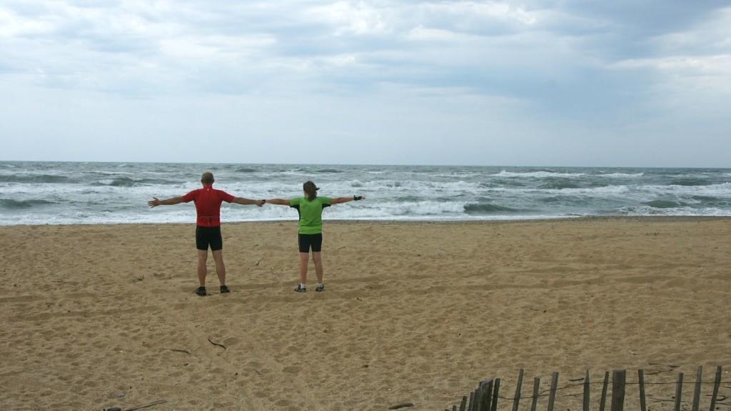 Wir haben den langen Strand zwischen Sète und Cap d'Agde für uns allein - allerdings war's kühl und windig ...