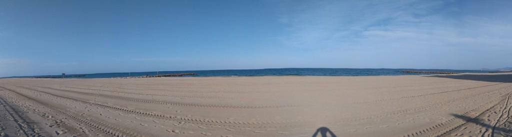 Fast schon mlancholisch, die Leere und Stille am südfranzösischen Strand ...